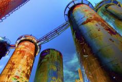 Abstrahierte Leinwandbilder mit Motiven aus Industrieanlagen im XXL Großformat
